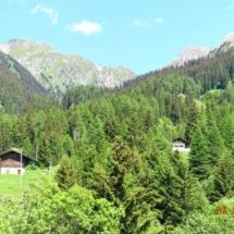 Blick auf Fontauna von der anderen Talseite